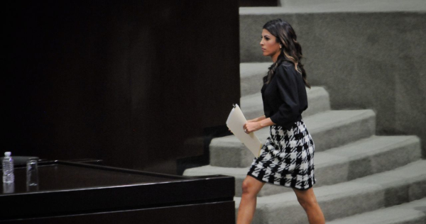 El País: La Senadora del PRI, Sylvana Beltrones, hija de Manlio Fabio, cerró su cuenta de 10.4 millones de dólares en Andorra cuando la CNBV obtuvo un USB con nombres de clientes