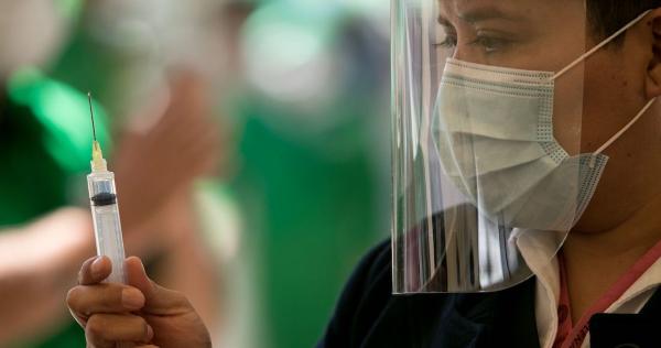 Alcocer afirma que antes de que termine 2021, México podría tener una vacuna propia contra el COVID-19