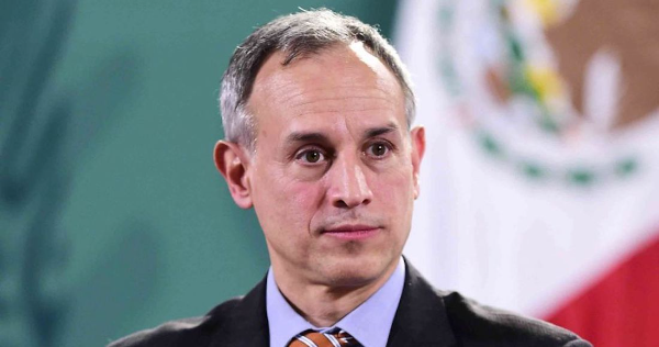 """López-Gatell dice que está """"casi totalmente recuperado"""" de COVID; espera resultado de una prueba"""