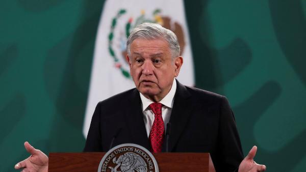 López Obrador presenta al Congreso una reforma a la Ley de Hidrocarburos para aumentar la participación del Estado en la industria