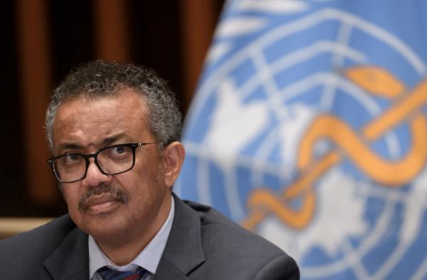 Director de la OMS pide a farmacéuticas renunciar a patentes de vacuna contra COVID-19 para hacerla llegarla al mundo entero