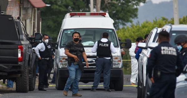 Masacre de 13 agentes en Edomex habría sido una venganza de La Familia Michoacana, dice Milenio