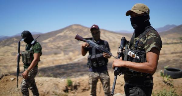 Videos y fotos: Tepalcatepec: El avance del Cartel Jalisco Nueva Generación alerta, y el pueblo arma fortines para defender su tierra