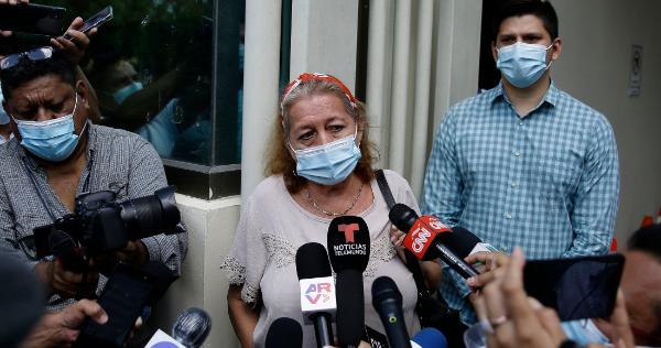 """Video: AMLO: """"Nos llena de pena y de vergüenza"""" que Victoria haya sido """"brutalmente asesinada"""" en Tulum. Destituyen al  jefe policiaco"""