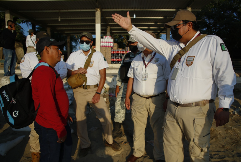 Más de 8 mil militares controlan las fronteras norte y sur, afirma el titular de la Defensa