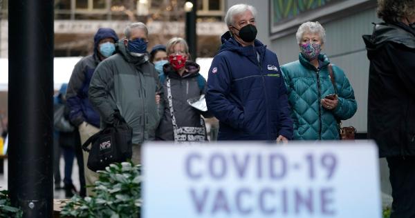 #PandemiaAño1 | 1 de cada 5 en EU perdió a un familiar o a un amigo cercano por el coronavirus