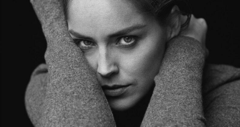 In the Beauty of Living Twice, libro autobiográfico de Sharon Stone, será presentado por Gloria Estefan