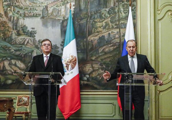 Video: México iniciará en mayo la producción de la vacuna rusa Sputnik contra el COVID-19, informa Ebrard en Moscú. El país recibirá 90 millones de dosis anuales