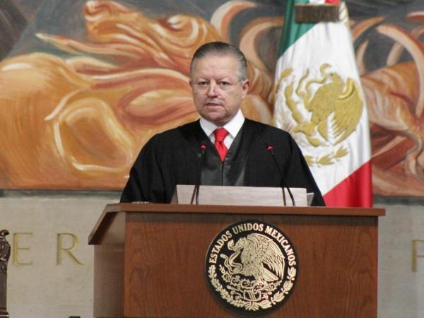 """AMLO apoya la ampliación del periodo del presidente de la Suprema Corte si conduce al saneamiento del Poder Judicial, que acusa """"vicios, corrupción y nepotismo de jueces y magistrados"""""""
