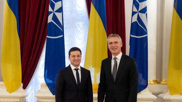 """Rusia advierte sobre """"medidas adicionales"""" para defender sus fronteras si la OTAN despliega tropas en Ucrania"""