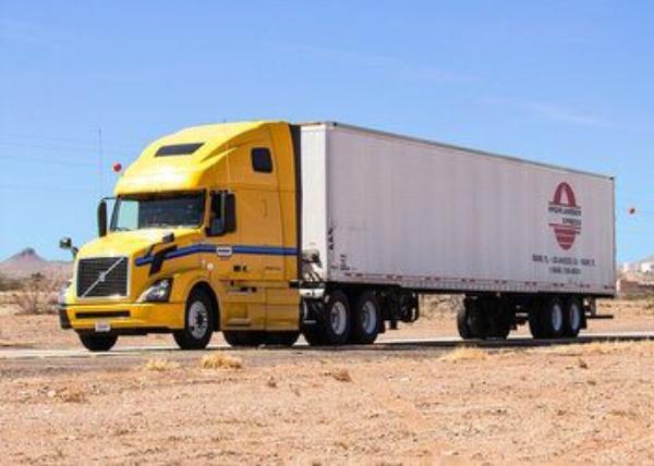 36 vehículos de carga son atracados diariariamente por el crimen organizado en carreteras mexicanas