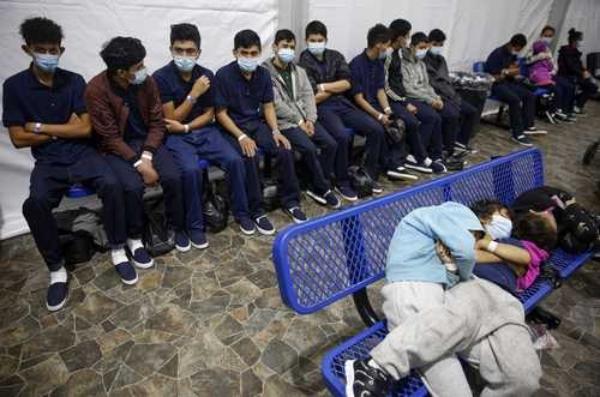 Aprueba Pentágono confinar en sus bases a niños migrantes