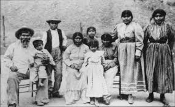 Autoridades escolares, la Ciudad y el Condado de Los Angeles piden al gobierno federal seguir los pasos de California y reconocer a la nación Banda Fernandeño Tataviam de Indios Misioneros