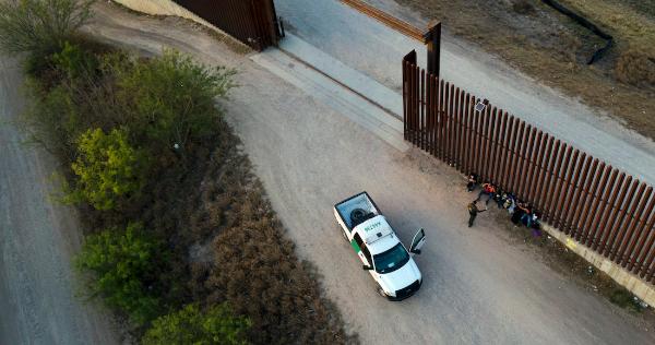 """EU lanza la """"Operación Centinela"""" para desmantelar organizaciones transnacionales de traficantes de migrantes en su frontera con México"""