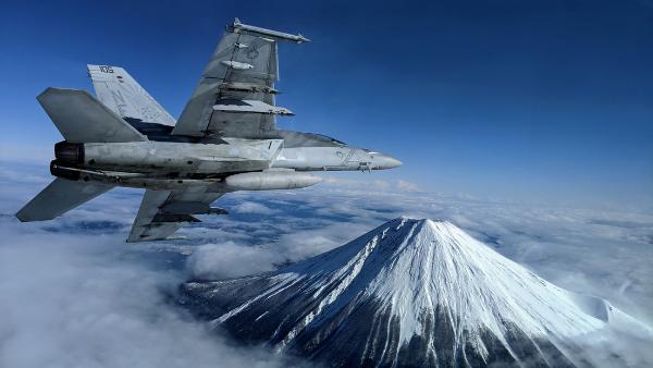 EU afirma que está dispuesto a defender a Japón incluso con armas nucleares