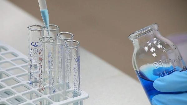 Video: Desarrolla Rusia una vacuna nasal contra el coronavirus sin efectos secundarios