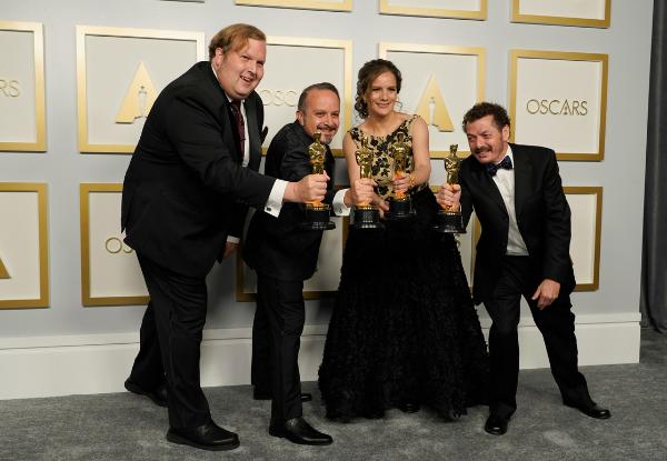 Presidente de México felicita a connacionales ganadores del Óscar