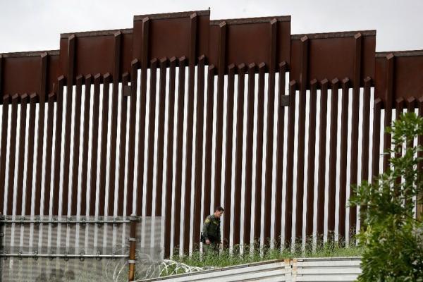 El Pentágono cancelará proyectos vinculados al muro de Trump