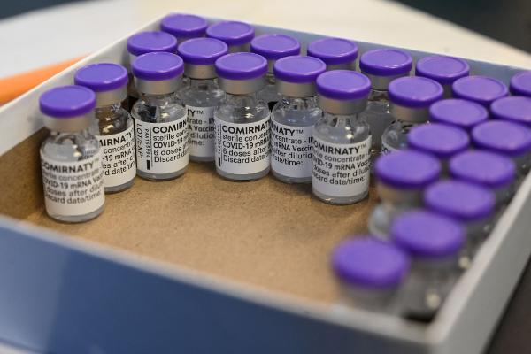 En la pandemia, las farmacéuticas han ganado 152 mil millones de dólares