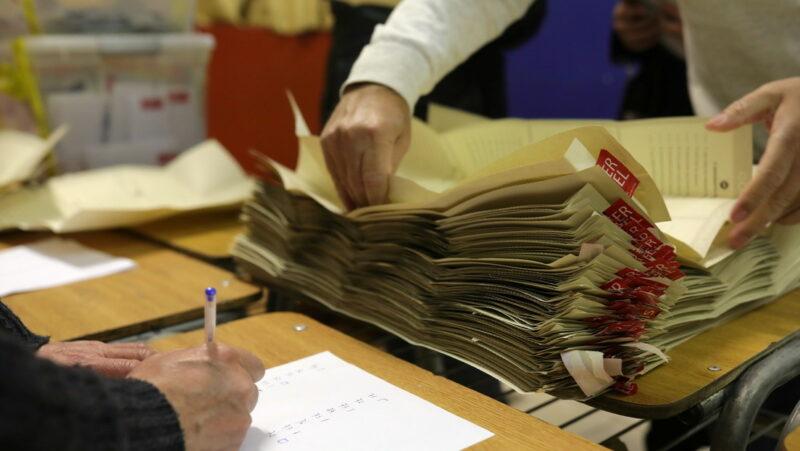 Video: Elección constituyente en Chile: independientes, 34 % de votos y la coalición oficialista, 21.62%, con 40% de mesas escrutadas