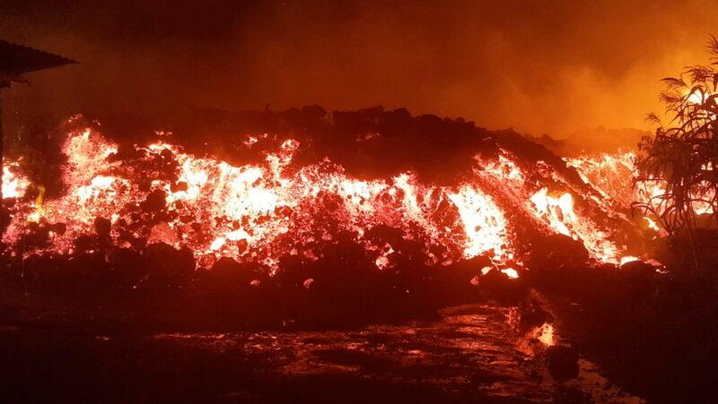 Videos: Flujos de lava destruyen viviendas y provocan evacuación masiva tras la erupción del volcán en el Congo