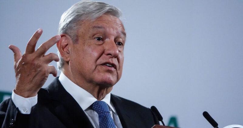 AMLO presenta declaración patrimonial: gana 1 millón 567 mil pesos en 2020