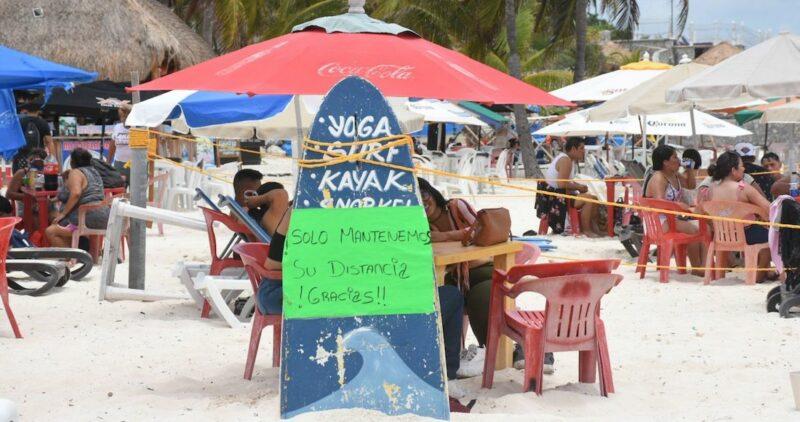 FOTOS: Con la alerta encima, las playas de Cancún lucen llenas