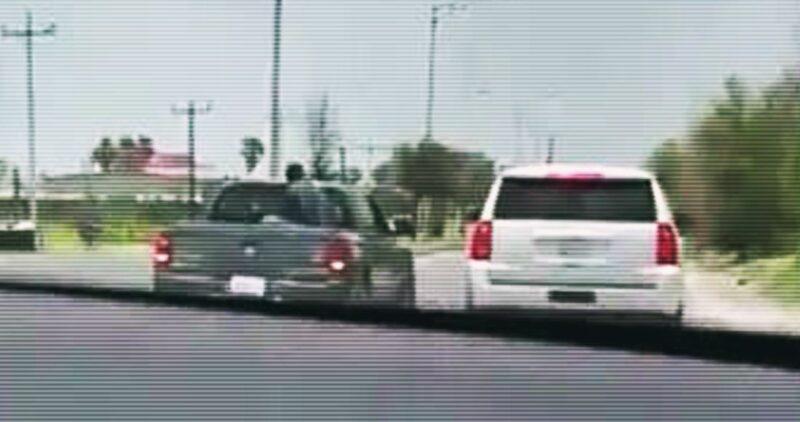 Videos: Hombres armados detienen a Mario Delgado, líder de Morena, en Tamaulipas; viajaba con tres legisldores. El gobierno estatal le pide denunciar