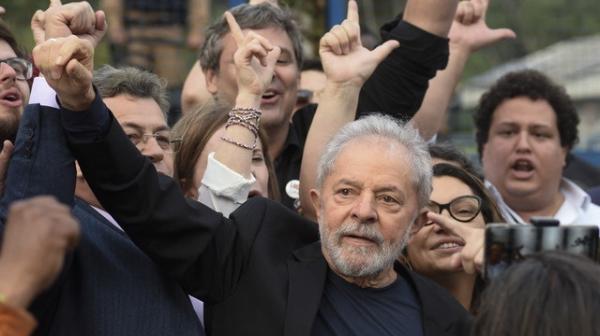 Lula con sólida ventaja sobre Bolsonaro para las elecciones de 2022