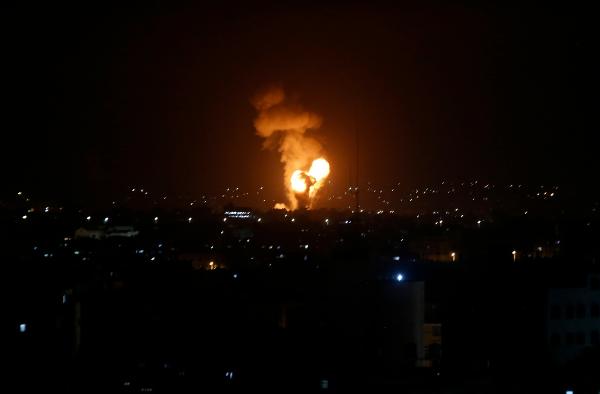 Video: Al menos 20 muertos en la Franja de Gaza tras bombardeo israelí