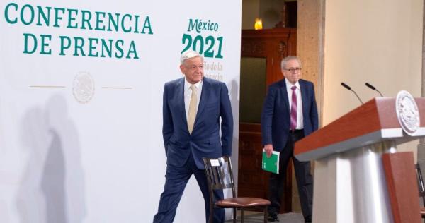 """Video: AMLO afirma que si interfiere en el proceso electoral es para denunciar posibles delitos como los de dos candidatos al gobierno de Nuevo León. """"Tiene que haber democracia"""", dijo"""