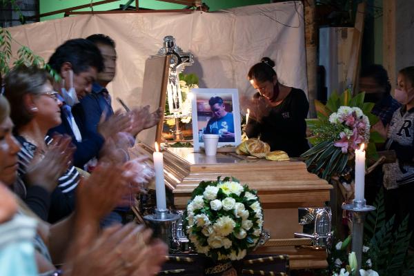 Familias de los 26 fallecidos en la tragedia del Metro recibirán 650 mil pesos. También hay otros apoyos emergentes