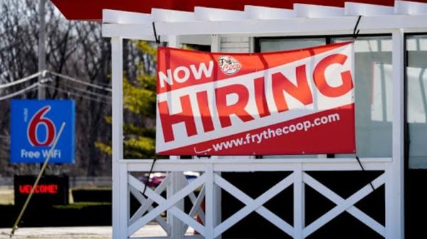 Beneficios por desempleo en EU caen a un mínimo de 498.000. Es una señal del crecimiento económico