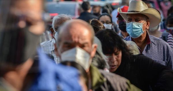 México suma 57 muertes por COVID en 24 horas, la menor cifra en un año