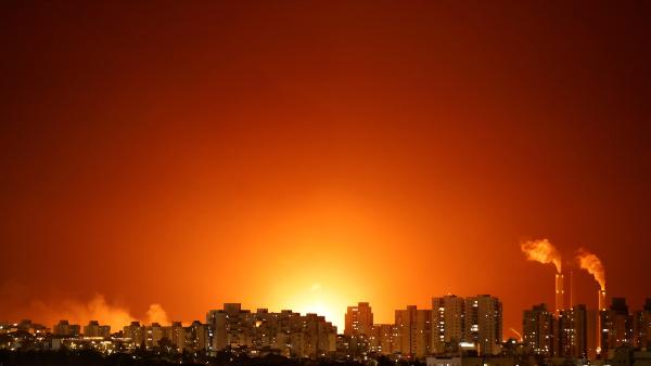 Videos: Hamas ha lanzado unos 130 cohetes a territorio israelí. Netanyahu promete golpear con más fuerza