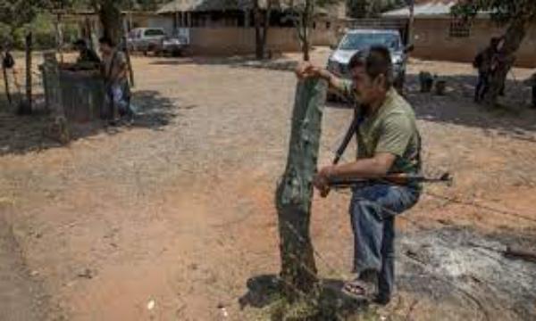 Video: Más de 2 mil desplazados en la Montaña Baja de Guerrero. 12 familias están desaparecidas
