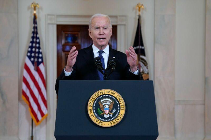 Biden aplaude cese al fuego pero omite mencionar venta de armas a Israel