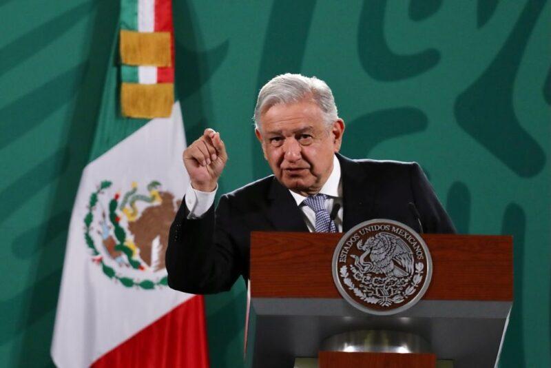 El presidente mexicano convoca a regresar a clases presenciales lo antes posible
