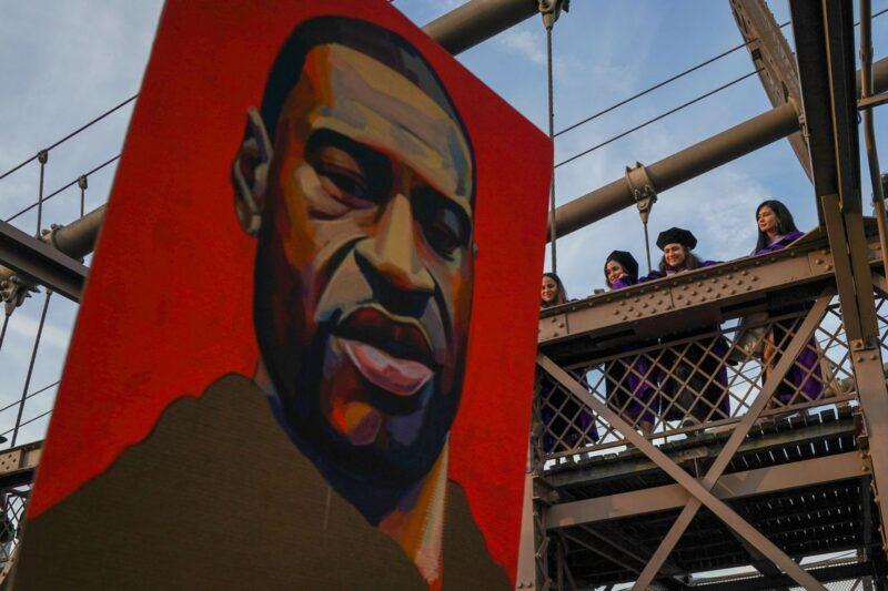 A un año del asesinato de Floyd: reformas parciales y un movimiento inédito