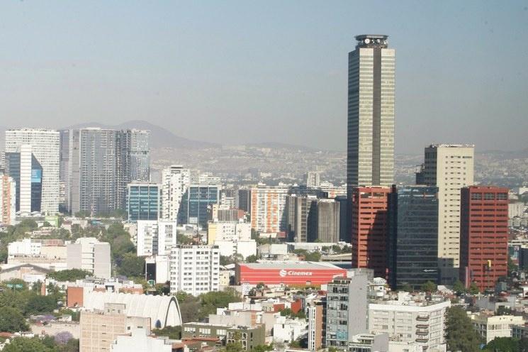 Fitch Ratings mejora de 4.2 a 5% perspectiva de crecimiento de México en el 2021