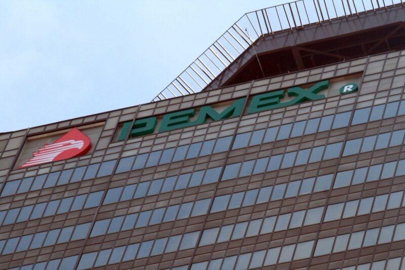 Ordenan jueces que Pemex vuelva a limitarse en el mercado para que empresas privadas vendan gasolina y gas