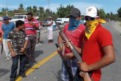 Violencia en elecciones: denuncian 167 víctimas mortales. Matan a candidata de Cazones, Veracruz, y a empleado del INE. Ataques de grupos armados y más