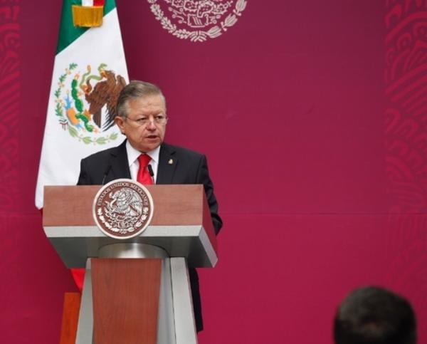 El odio, que no está protegido por la Constitución, no debe ser confundido con libertad, afirma Arturo Saldívar, presidente de la Suprema Corte