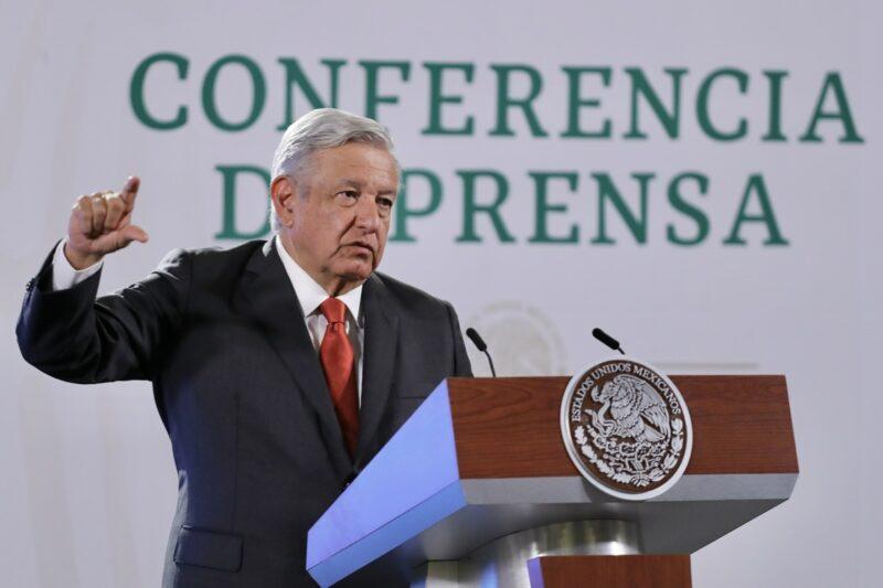 """En la reforma fiscal que se avecina """"no habrá más impuestos"""", asegura AMLO ante los empresarios más acaudalados de México"""