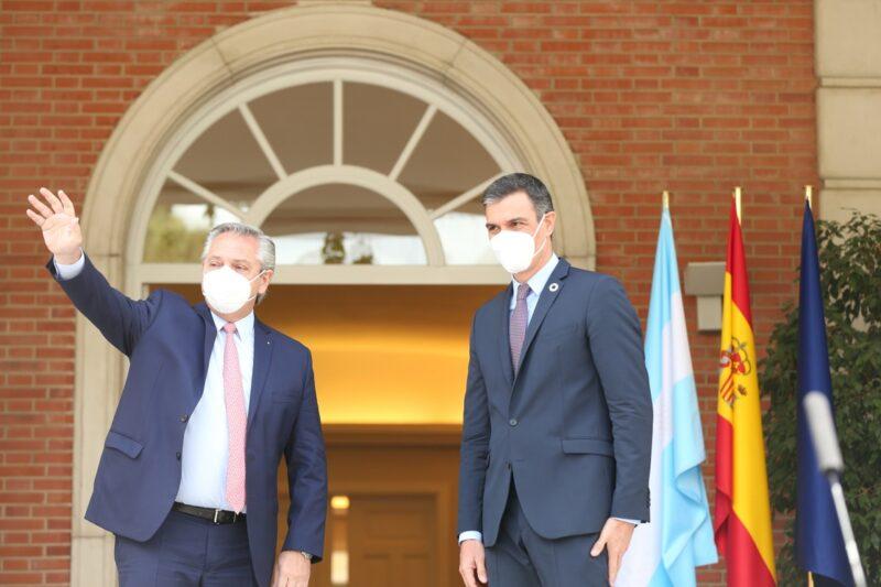 Derogan en Argentina decreto que buscaba privatizar empresas eléctricas