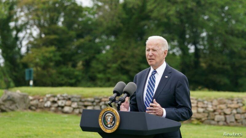 Biden anuncia donaciones de 500 millones de vacunas contra COVID-19 e insta a los líderes mundiales a unirse