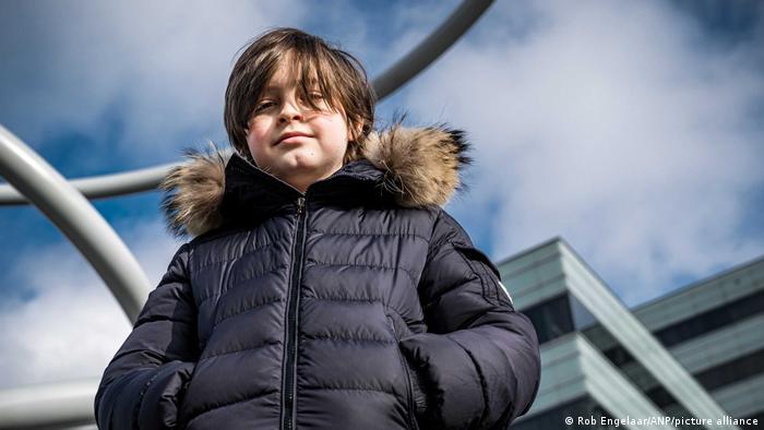 Niño prodigio de 11 años terminó la carrera de física en 9 meses con inmejorables calificaciones