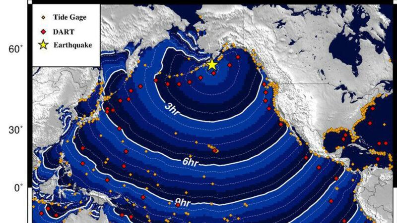 Terremoto de magnitud 8,2 provoca evacuaciones en el sur de Alaska por la posible llegada de un tsunami