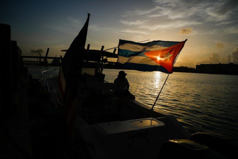 Video: En carta abierta, 400 figuras piden a Biden que termine con el bloqueo a Cuba