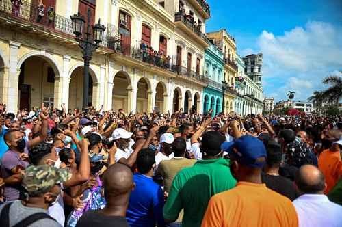 Denuncia presidente cubano campaña sobre supuestos desaparecidos